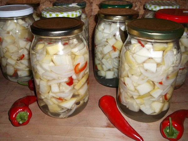 Салат из кабачков и других овощей на зиму: простые и невероятно вкусные рецепты