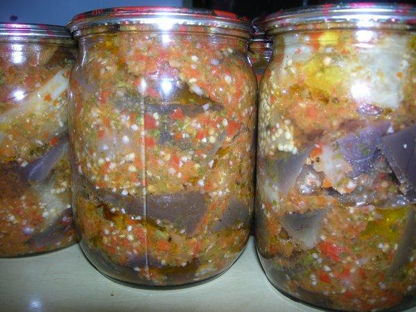 Очень вкусные салаты из баклажанов на зиму: простые рецепты