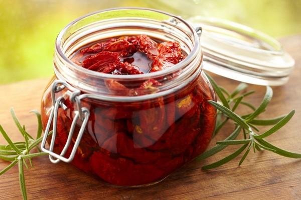Салаты из помидоров на зиму: самые вкусные рецепты