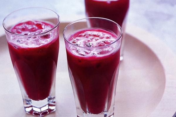 Сок из свеклы: 4 полезных рецепта